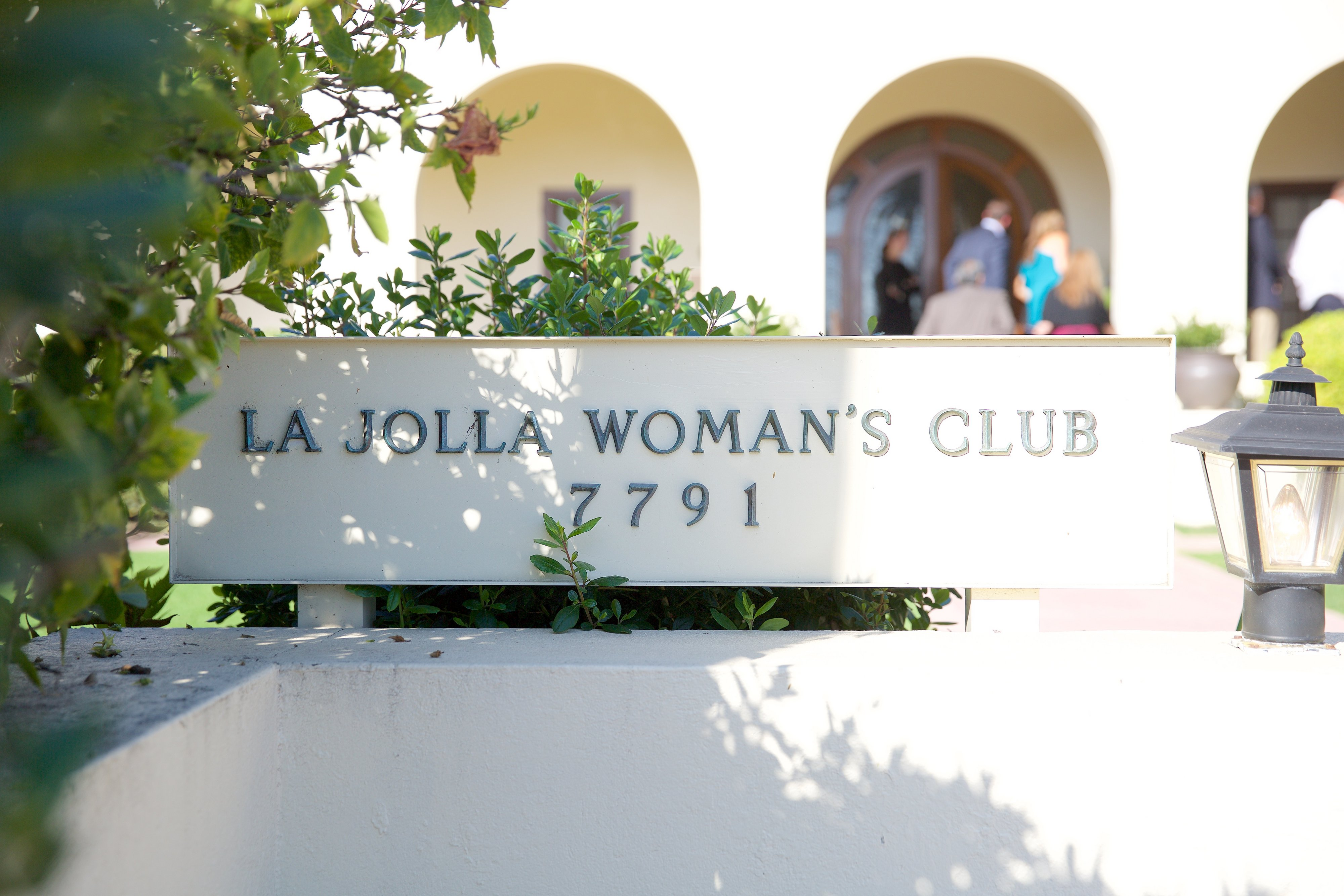 la jolla christian girl personals Welcome to the la jolla girls basketball team wall the most current information will appear at the top of the wall dating back to prior seasons utilize the left navigation tools to find.